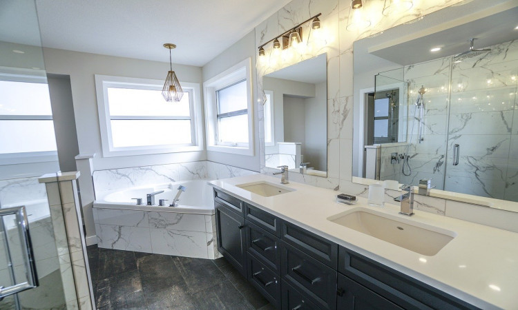 Top most Advantages and Disadvantages of White Marble Countertops