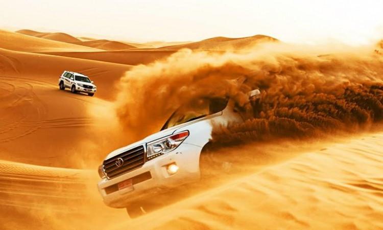 desert safari experience arranged in Dubai 2021