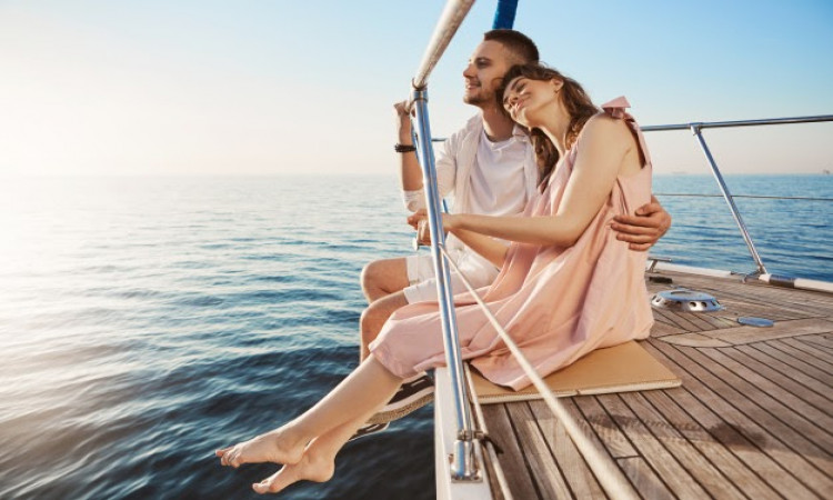 10 Must-Haves For Your Honeymoon To Make It More Memorable