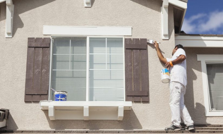 How to Decide the Suitable Time for Exterior House Painting in Toronto